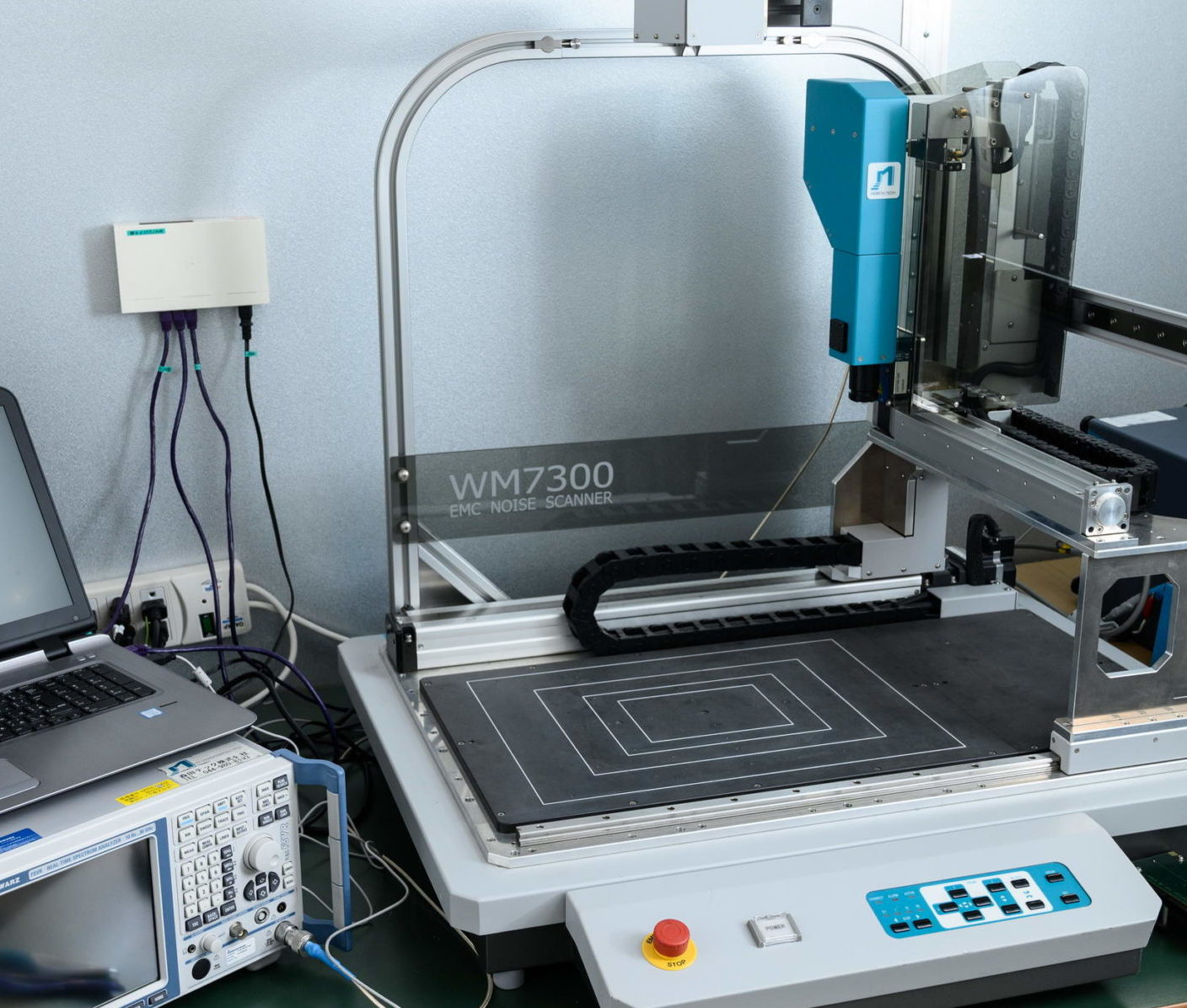 WM7000 series for A4 to A3 size item measurement<br>用于A4至A3尺寸物体测量WM7000系列